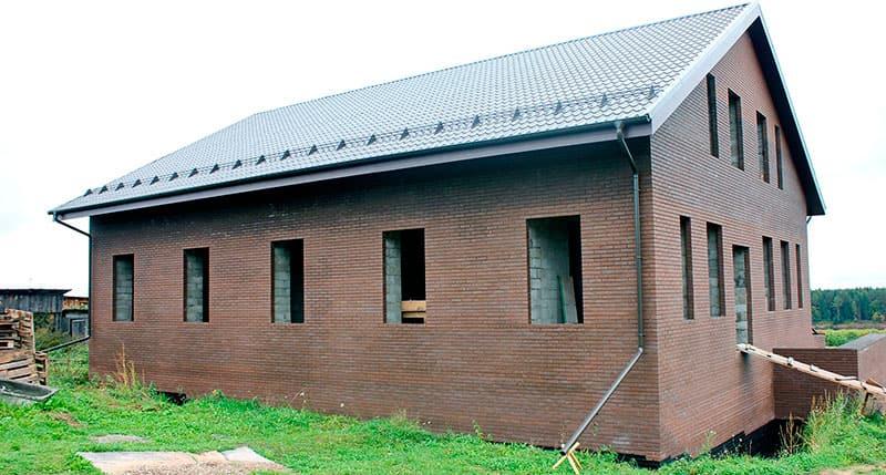 Большой дом из блоков
