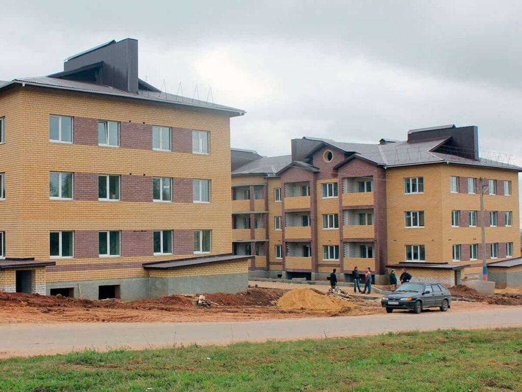 Трёхэтажные дома из блоков